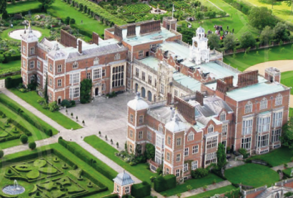 The sprawling estate of Hatfield House and Park in Hertfordshire is a sight to behold. Home to one of the finest Jacobean Houses in England, the Tudor Old Palace (which just happened to be the childhood home of Elizabeth I) and a fantastic 42-acre garden, it's impressive to say the least.